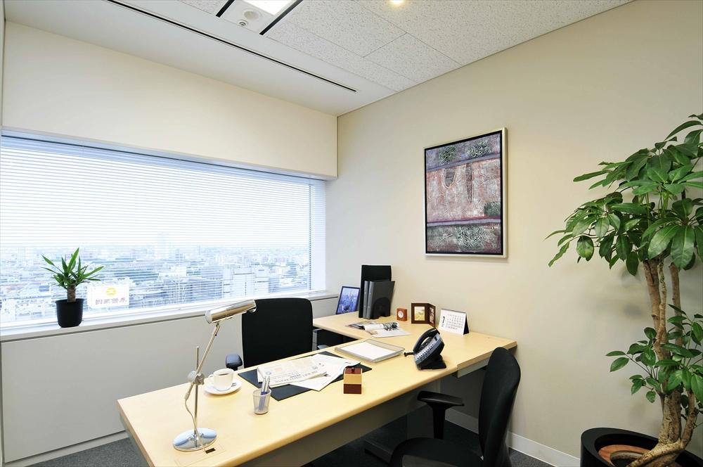 渋谷マークシティ22F個室オフィス(レンタルオフィスの写真ですが、、、)